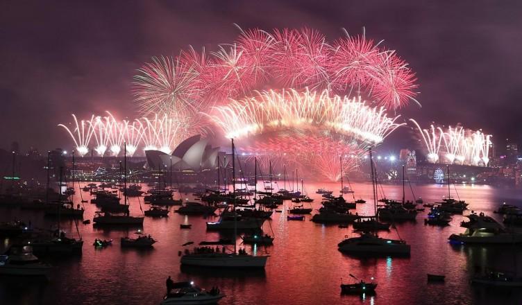 วันขึ้นปีใหม่ วันสิ้นปี 31 ธันวาคม – 1 มกราคม